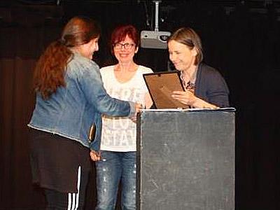 Die MSM ehrt ihre SchriftstellerInnen.
