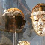 Überreste der Helme der Bataver, die sich in die Dienste der Römer stellten.