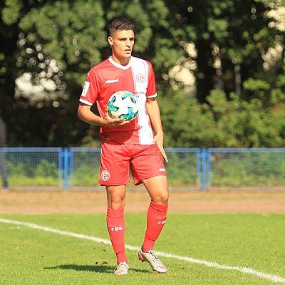 Ahmed Önzel